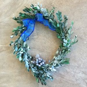 Holiday Wreath Preserved Dried Snow Boxwood 12-15""